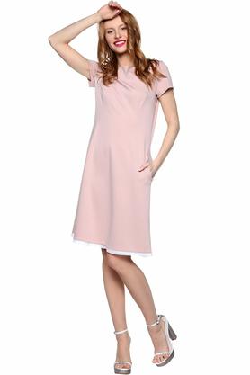 Sukienka pudrowa z haftowaną koronką PROJEKTANT Kasia Miciak