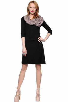 Sukienka z zakładkami czarna PROJEKTANT Yuliya Babich