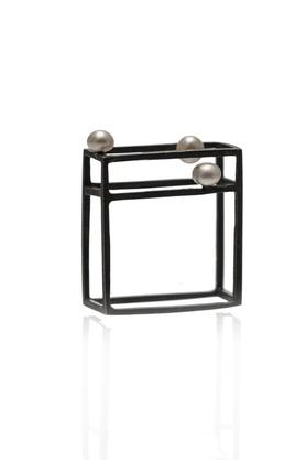 Pierścionek srebrny perła biała PROJEKTANT FROU-FROU