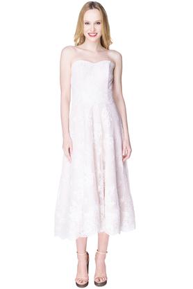 Sukienka z koronki ecru PROJEKTANT Inspiracja Butik