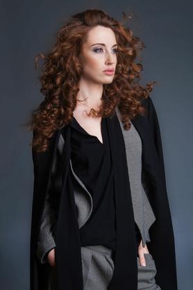 Bluzka elegancka z krawatką czarna PROJEKTANT VerityHunt