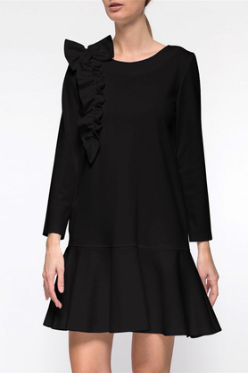 Sukienka z falbaną i aplikacją czarna PROJEKTANT Yuliya Babich