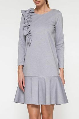 Sukienka z falbaną i aplikacją szara PROJEKTANT Yuliya Babich