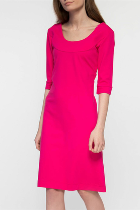 Sukienka z dekoltem różowa PROJEKTANT Yuliya Babich
