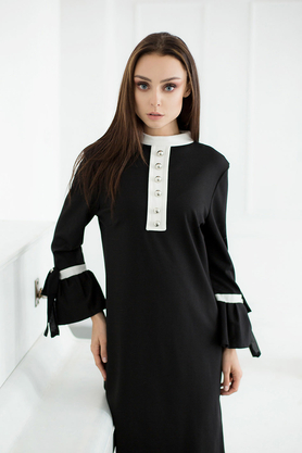 Sukienka prosta z guzikami czarna PROJEKTANT VerityHunt